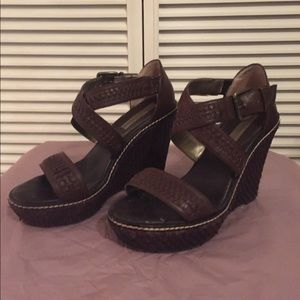 Banana republic wedge platform leather sandals 8.5